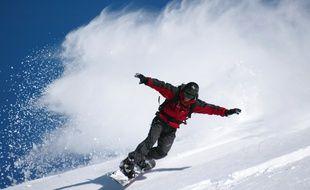 Un snowboarder, à la station de Piau, dans les Pyrénées.