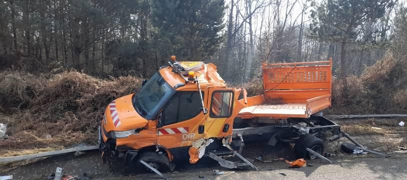 Un poids lourd est venu percuter un véhicule de la Diro le lundi 8 mars 2021 à hauteur de Liffré, près de Rennes.