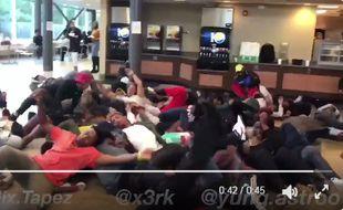Capture d'écran d'une vidéo relevant le #trumscomingchallenge, partagé sur Twitter.