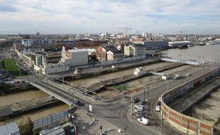 A Bordeaux le 4 décembre 2014, vue sur les Bassins à flot.