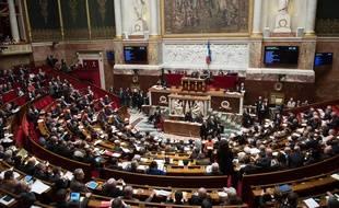 L'Assemblée nationale durcit le ton face aux constructeurs de smartphones