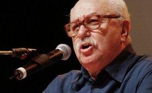 Le dirigeant trotskiste Pierre Lambert, candidat à l'élection présidentielle de 1988, est mort mercredi matin, a-t-on appris auprès du Parti des Travailleurs.