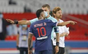 Neymar accuse Alvaro d'insultes racistes lors de PSG-OM, le 13 septembre 2020.