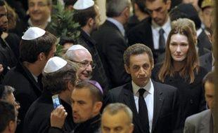 La presse française s'indigne mardi de la tuerie de Toulouse - qui a fait quatre morts dont trois enfants dans une école juive - salue l'unité nationale retrouvée des candidats à la présidentielle mais appelle à éviter toute récupération politique.