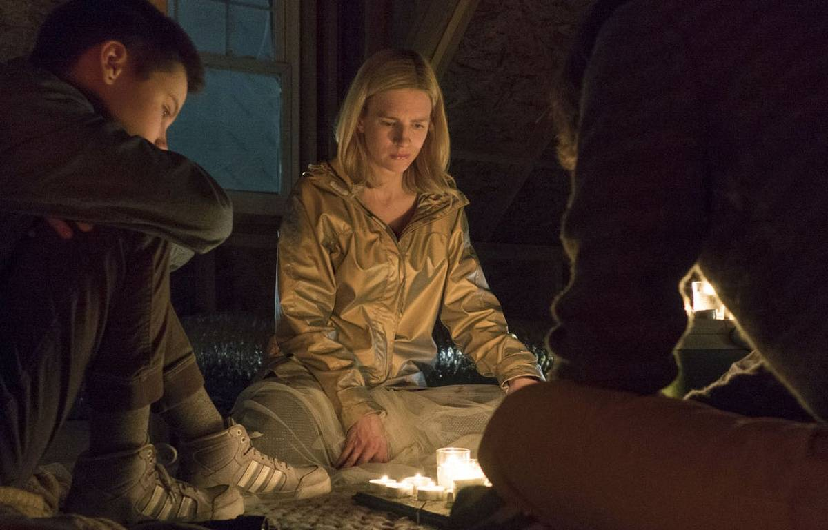 Ian Alexander et Brit Marling dans «The OA». – Myles Aronowitz/Netflix