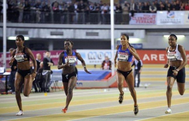 Christine Arron a réalisé les minima (11.30) pour les Championnats d'Europe d'athlétisme de Helsinki (27 juin-1er juillet) en remportant en 11 sec 27/100e la seconde série du 100 m des Championnats de France, samedi après-midi à Angers