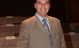 Daniel Sperling.