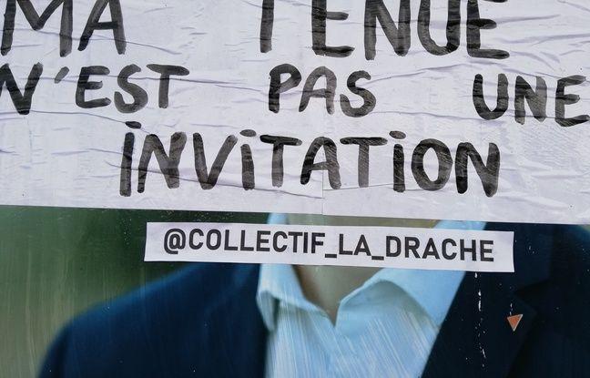 Les membres du collectif féministe La Drache en opération de collage à Lille.