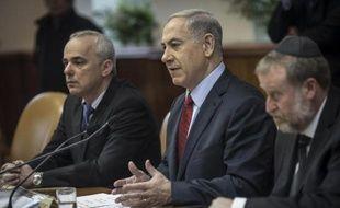 Le Premier ministre israélien Benjamin Netanyahou préside le conseil des ministres, le 14 décembre 2014 à Jérusalem