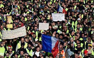"""Les """"gilets jaunes"""" manifestent le 8 décembre à Marseille"""