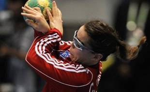 Les handballeuses françaises ont battu les Suédoises 27 à 20 (mi-temps: 13-10) vendredi à Drammen (Norvège), lors de l'Open de Scandinavie, préparatoire aux jeux Olympiques de Londres (27 juillet - 12 août)