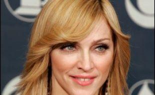 La superstar américaine Madonna souhaite acheter une maison dans la localité israélienne de Rosh Pina, où le Messie est supposé passer à la fin des temps selon la Kabbale, a indiqué vendredi le quotidien Yédiot Aharonot.