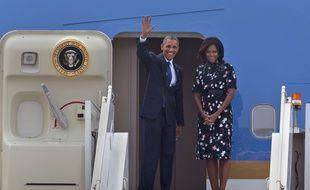 Barack Obama et sa femme Michelle Obama a leur départ depuis New Dehli pour Ryad à bord du Air Force One.
