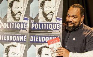 Dieudonne M'Bala M'Bala, en 2017, lors de la présentation de sa candidature aux législatives en Essonne.