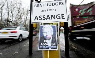 Une manifestation à Londres pour demander la libération de Julian Assange le 28 février 2020.
