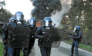 Les forces de l'ordre ont procédé mardi à leur troisième vague d'expulsions.