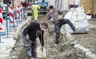 Un chantier de construction à Sainte-Luce-sur-Loire près de Nantes, le 29 avril 2020.