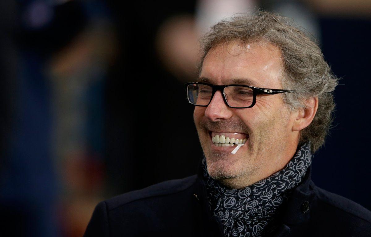 Laurent Blanc, l'entraîneur du PSG, le 19 janvier 2016 au Parc des Princes. – KENZO TRIBOUILLARD / AFP