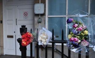 L'infimière retrouvée morte après avoir été dupée par le canular d'une radio australienne cherchant à obtenir des nouvelles de Kate lors de sa récente hospitalisation, s'est pendue, selon le rapport d'autopsie rendu public jeudi.