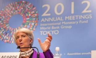 Le FMI a tenté samedi de dissiper le flou qui a entouré les débats sur les politiques d'austérité en Europe tout au long de son assemblée annuelle, en appelant à soutenir la croissance sans renoncer à réduire les déficits publics.
