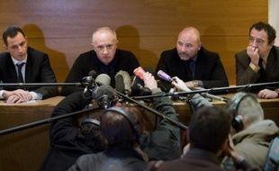 """La ministre de la Justice Rachida Dati a dénoncé dimanche les """"propos inadmissibles"""" tenus la veille par les avocats d'Yvan Colonna lors d'une réunion publique à Ajaccio."""