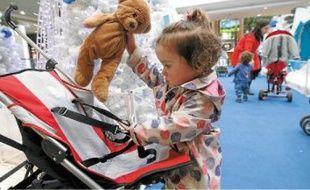 Les peluches perdues par les enfants sont consignées au PC Sécurité du centre commercial.