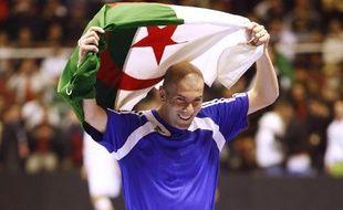 Zinedine Zidane lors du tournoi de l'Amitié à Alger, le 1er mars 2010