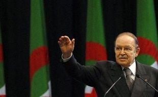 La campagne électorale pour l'élection présidentielle du 9 avril en Algérie s'est ouverte jeudi, et son principal enjeu sera de convaincre les électeurs d'aller voter en masse, pour asseoir la légitimité du chef de l'Etat sortant Abdelaziz Bouteflika, certain d'être réélu.