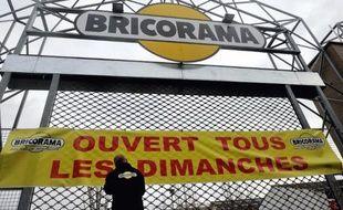 """Image d'archives de l'enseigne Bricorama """"ouverte tous les dimanches"""" le 3 janvier 2014 à Lille"""