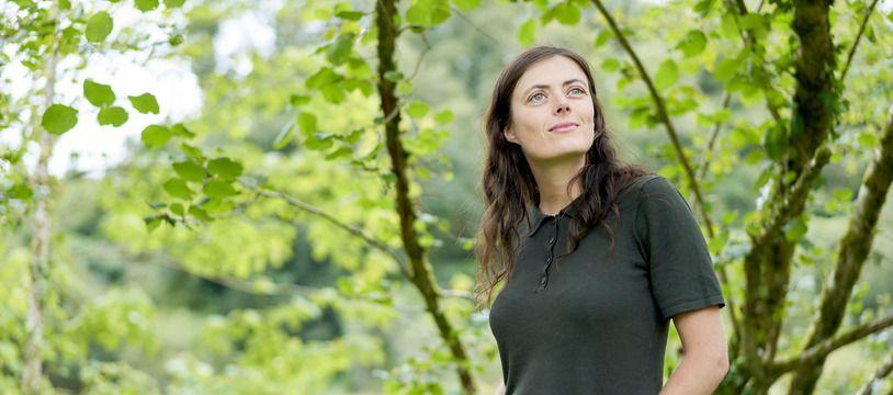 La journaliste Inès Léraud a fait l'objet d'une plainte pour diffamation de la part de la société bretonne Cheritel. La plainte a été retirée une semaine avant l'audience.