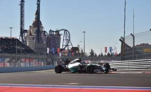La Mercedes de l'Allemand Nico Rosberg, le 11 ocotbre 2014, à Sotchi, lors du Grand Prix de Russie.