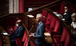 Des députés à l'Assemblée nationale, le 16 juin 2020.