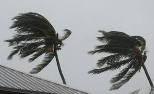 La tempête Fakir fait souffler des vents à plus de 130 km/h sur La Réunion.