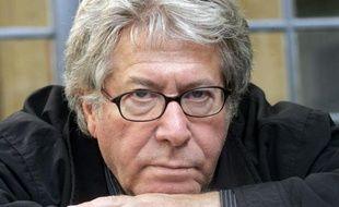 Le cinéaste Claude Miller, 70 ans, auteur de plusieurs succès du cinéma français des années 1980 avec les plus grands interprètes, est mort dans la nuit de mercredi à jeudi à Paris.