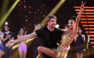 Camille Lacourt et sa partenaire de danse Hajiba Fahmy dans la saison 8 de «Danse avec les stars»