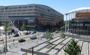 La ville de Lyon va piétonniser le quartier de la Confluence pour une durée de trois mois à compter de la fin du premier trimestre 2021.