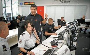 Cette coopération entre les services de secours de police et des pompiers de Paris se déroule à la caserne Champerret.