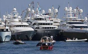 Des yachts de luxe, à Monaco