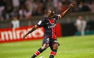 Le footballeur parisien, Claude Makelele lors du match PSG - Bordeaux, le 16 août 2008.