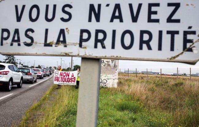 Lors d'une manifestation du collectif Non à Val Tolosa, qui fédère les opposants au projet de méga centre commercial à Plaisance-du-Touch, en 2015.