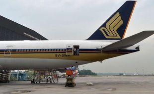 Un avion de la Singapore Airlines à l'aéroport de Changi (Singapour).