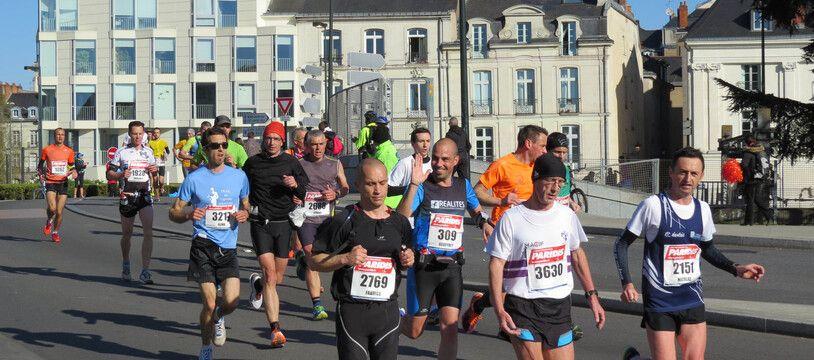 Le marathon de Nantes, dimanche 17 avril 2016.