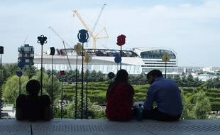 Paris, le 20 juin 2017. La salle U Arena vue de l'esplanade de la Grande Arche de la Défense.