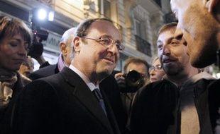 """Près de la moitié des Français (47%) considère que François Hollande fait une """"bonne campagne"""" en tant que candidat PS à l'élection présidentielle, 34% d'entre eux estimant au contraire qu'elle est mauvaise, selon un sondage TNS-Sofres pour Canal+ rendu public mardi."""