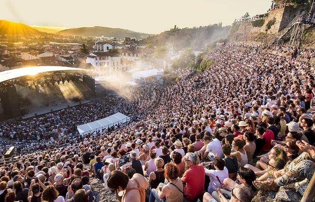 Le théâtre antique de Vienne (Isère), situé à une trentaine de kilomètres de Lyon, accueille depuis 1981 Jazz à Vienne.