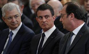 De gauche à droite: le président de l'Assemblée nationale Claude Bartolone, le Premier ministre Manuel Valls et le président François Hollande, le 7 juillet 2016.