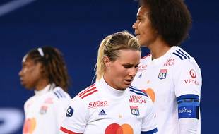 Amandine Henry et Wendie Renard, ici lors de la défaite en D1 le mois dernier contre le PSG.
