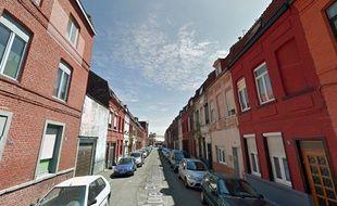 L'adolescent a été renversé rue Philippe-Lebon, à Roubaix.
