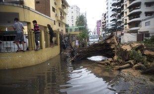La tempête tropicale Laura, qui devrait devenir un ouragan mardi, a atteint Cuba dans la nuit de dimanche à lundi après avoir fait au moins 12 morts en Haïti et en République dominicaine.