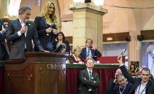 Beaune, le 16 novembre 2014. Michel Drucker et Adriana Karembeu animent la vente annuelle de vins aux hospices de Beaune.